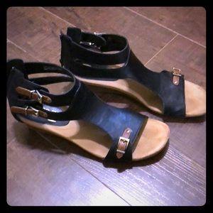 Like new Aerosoles sandals